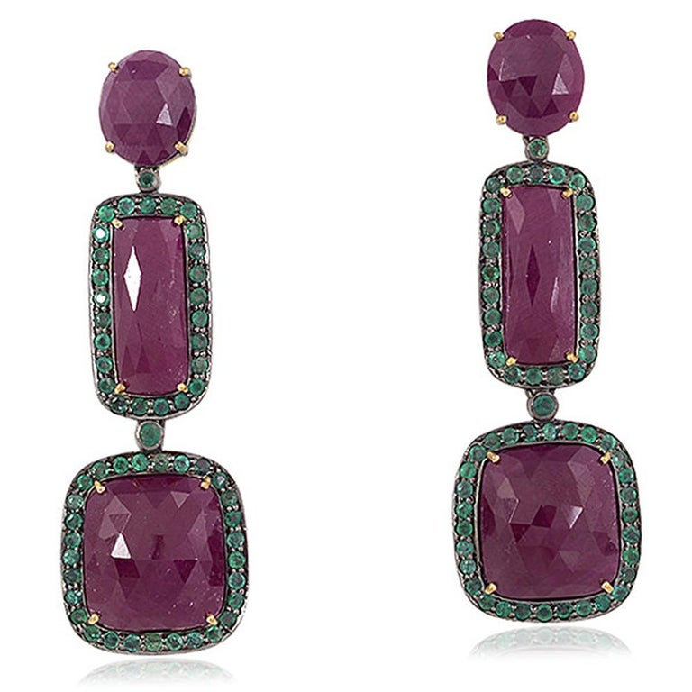 Three-Tier Ruby and Emerald Earring In New Condition For Sale In New York, NY