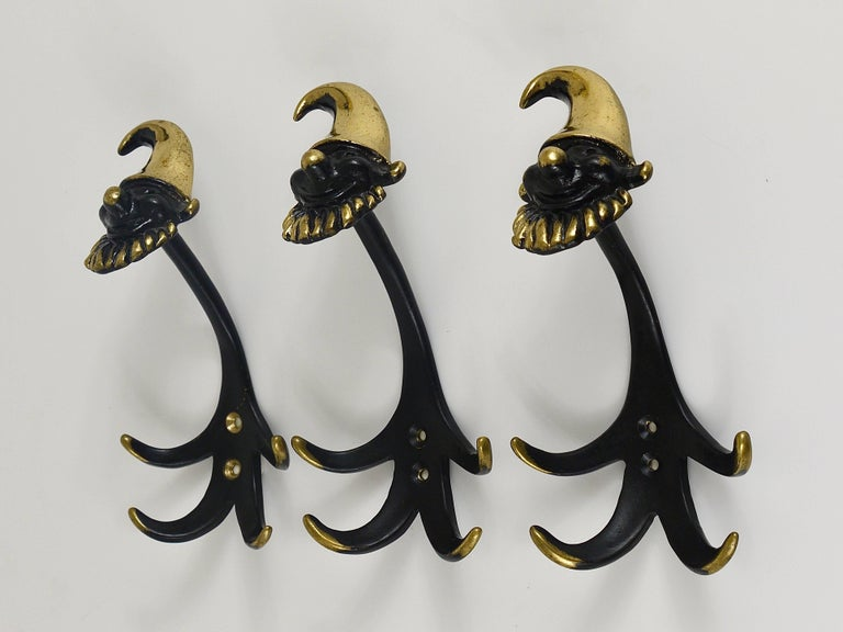 Three Walter Bosse Dwarf Midcentury Brass Wall Coat Hooks, Austria, 1950s In Excellent Condition For Sale In Vienna, AT