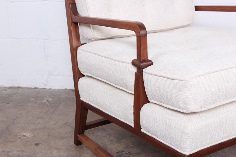 Throne Lounge Chair by Tommi Parzinger In Good Condition For Sale In Dallas, TX