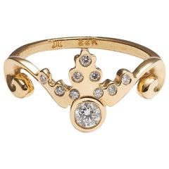 Tiara Ring with Brilliant Cut Diamond and Diamond Melee