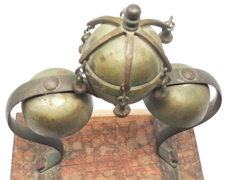 Tibetan Bronze and Brass Temple Meditation Bells on Wood Stand, 19th Century For Sale 8