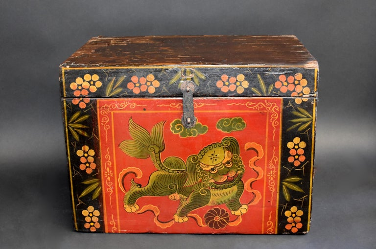 Tibetan Foo Dog Box Hand Painted Box 5 For Sale 3