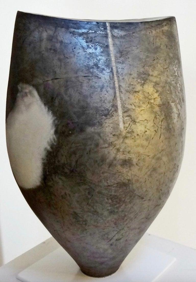 Tien Wen Abstract Sculpture - Caldarium 0608 (Abstract Ceramic Sculpture)