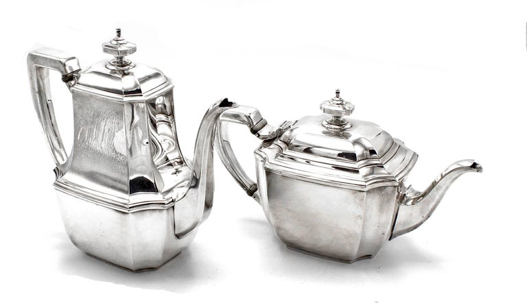Tiffany & Co. Hampton Sterling Silver Tea and Coffee Set on Tray For Sale 1