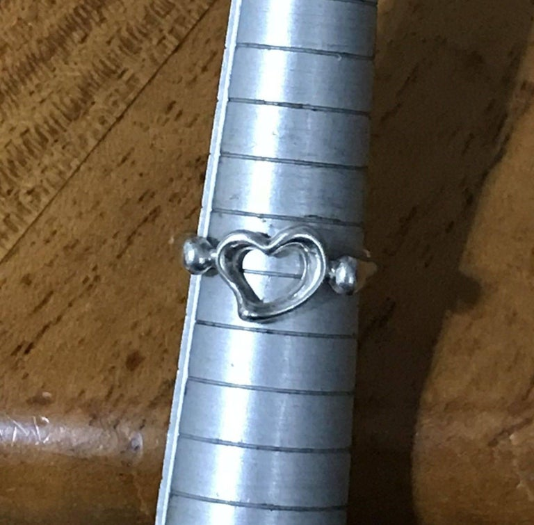 American Tiffany & Co. Peretti Sterling Silver Open Heart Ring Lovely Gift Great Find For Sale