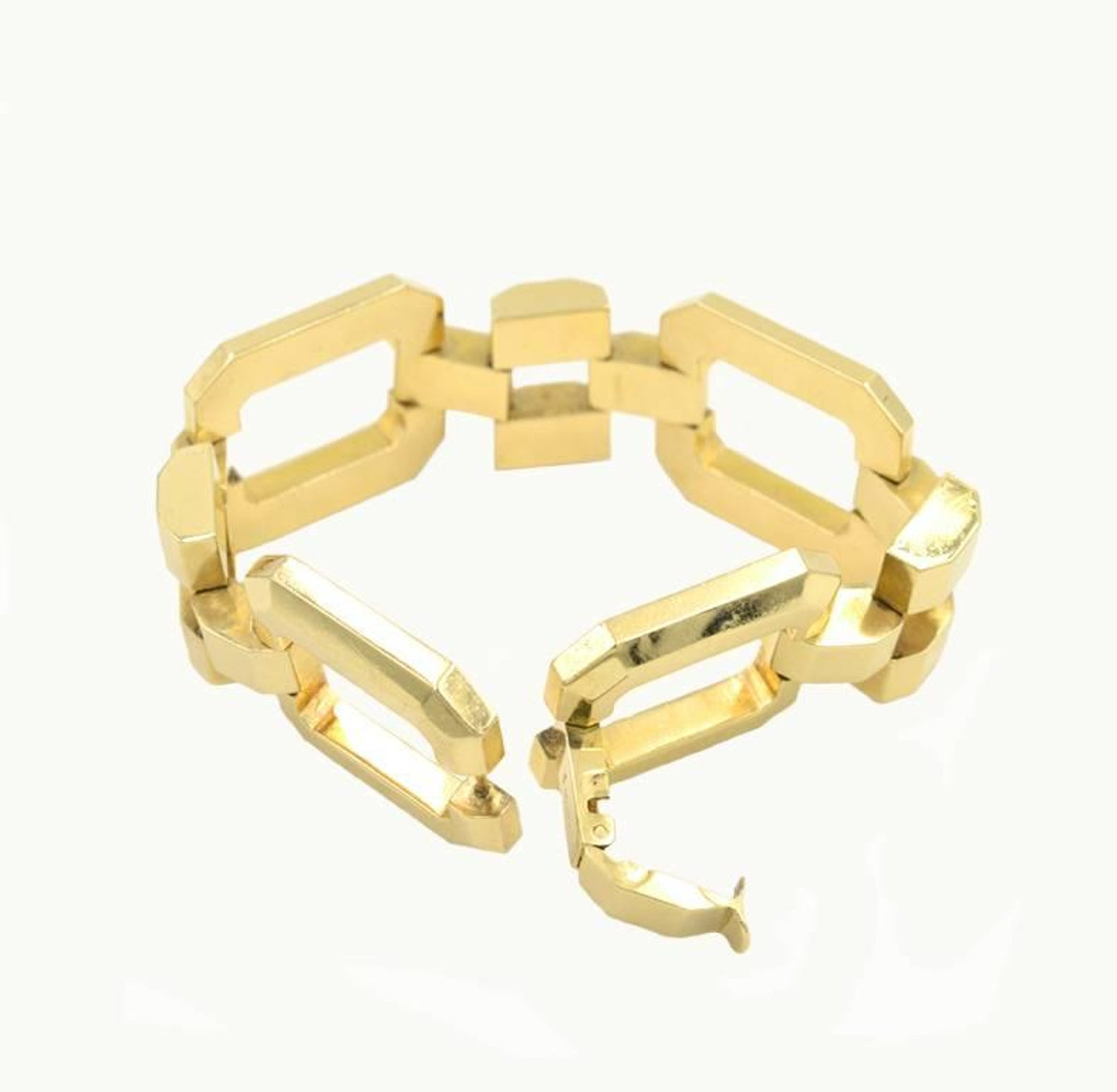 2606c0c99 Tiffany and Co. Retro 14 Karat Yellow Gold Link Bracelet, circa 1950s For  Sale at 1stdibs