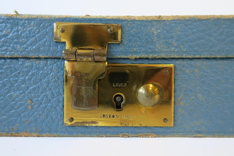 Blue Leather and Brass Jewelry Box from London For Sale 8