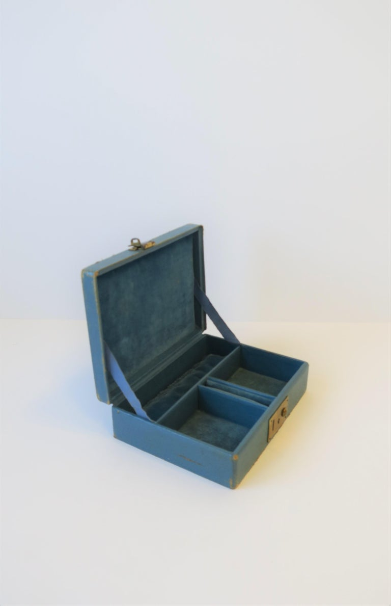 Blue Leather and Brass Jewelry Box from London In Distressed Condition For Sale In New York, NY