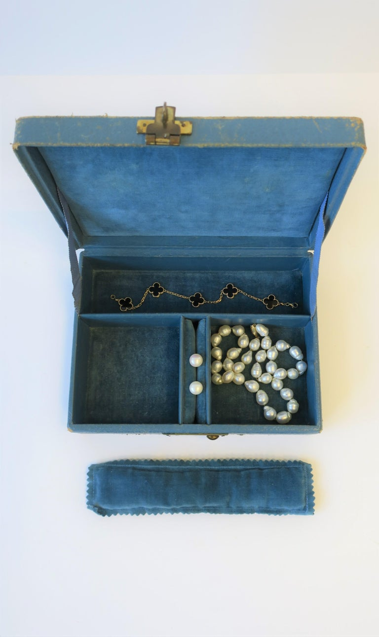 20th Century Blue Leather and Brass Jewelry Box from London For Sale