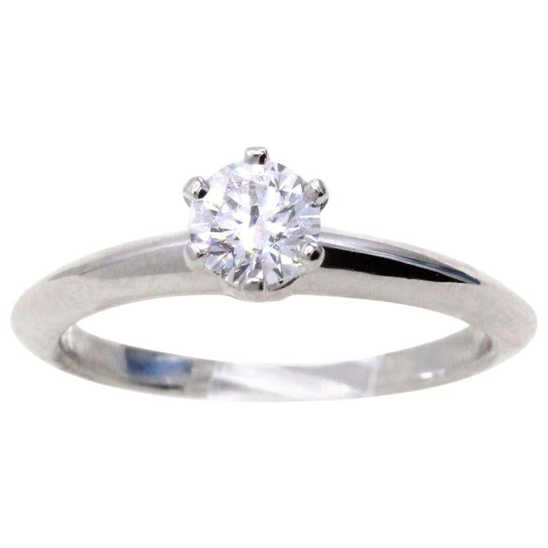 Tiffany & Co. 0.26 Carat G VVS2 Diamond Platinum Engagement Ring