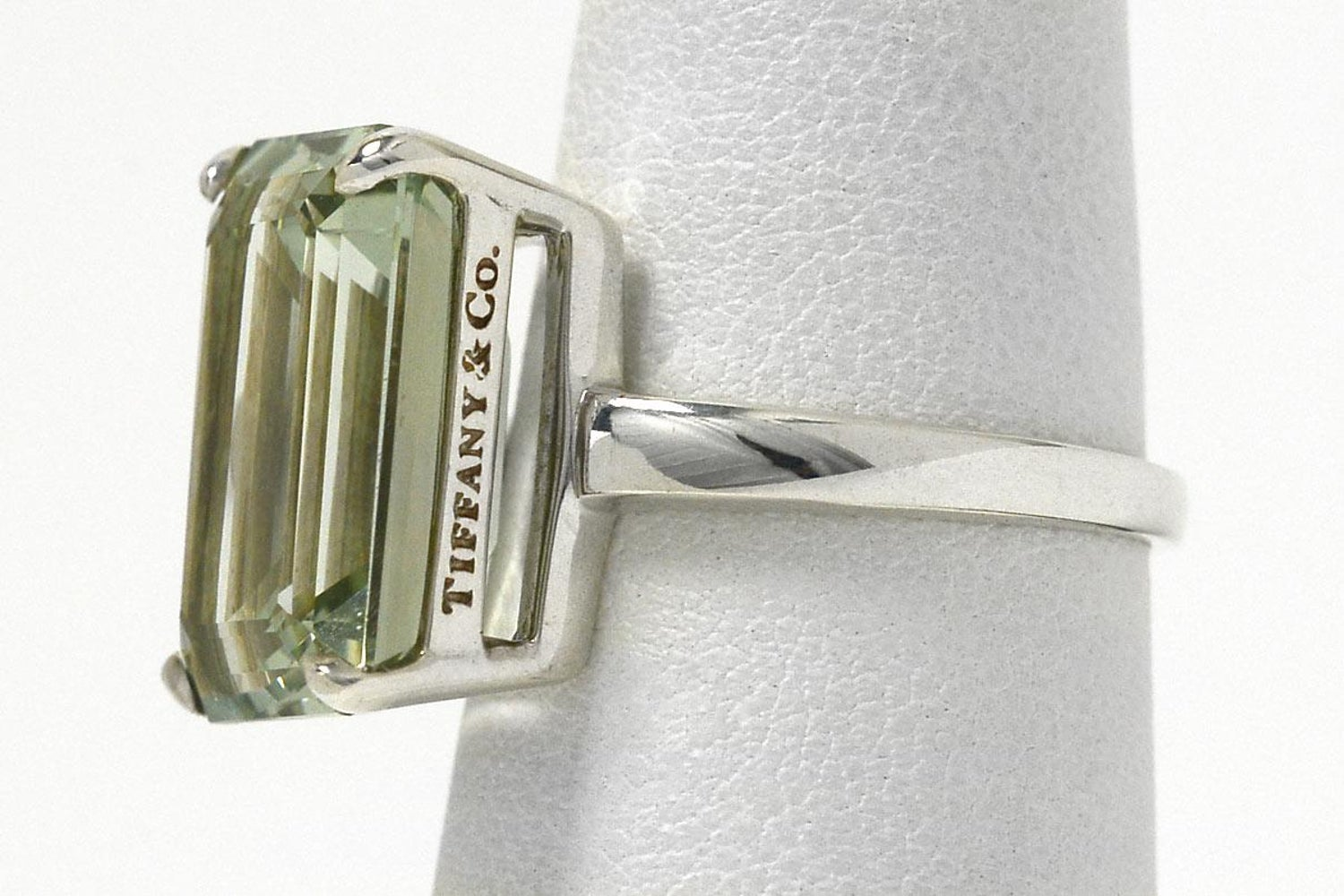 bd5fcd63d Tiffany and Co. 10 Carat Emerald Cut Prasiolite Silver Cocktail Ring at  1stdibs