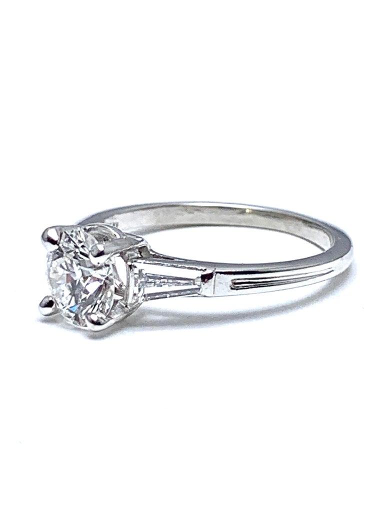 Women's or Men's Tiffany & Co. 1.05 Carat E/VS1 Round Brilliant and Baguette Diamond Plat Ring For Sale
