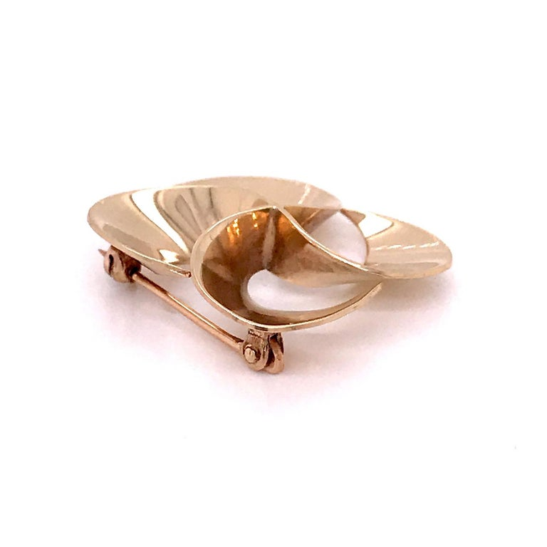 Tiffany & Co. 14 Karat Gold Modern Pin-Wheel Brooch or Pin For Sale 1