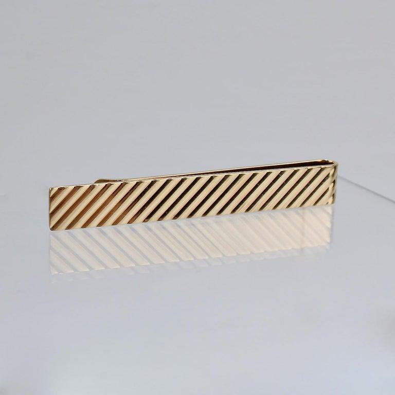 Tiffany & Co. 14 Karat Gold Modern Tie Clip or Tie Bar In Good Condition For Sale In Philadelphia, PA