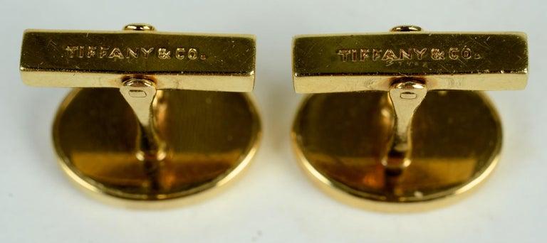 Tiffany & Co. 14 Karat Yellow Gold and Black Onyx Vintage Cufflinks For Sale 1