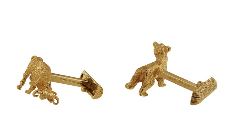Tiffany & Co. 14 Karat Yellow Gold Bear and Bull Cufflinks In Excellent Condition For Sale In New York, NY
