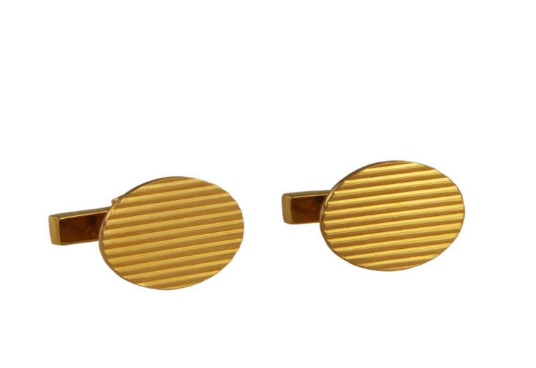 Tiffany & Co. 14 Karat Yellow Gold Men's Cufflinks In Excellent Condition For Sale In New York, NY