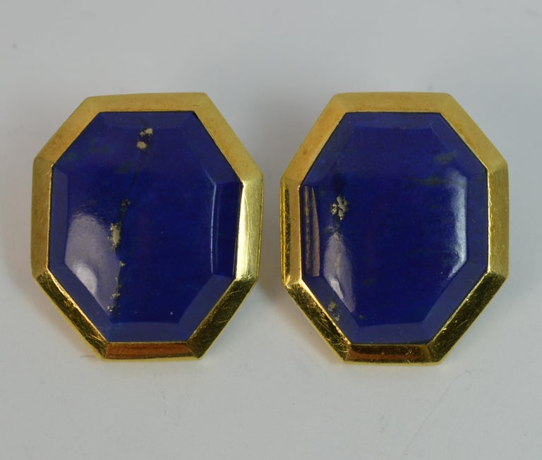 Retro Tiffany & Co. 18 Carat Gold and Lapis Lazuli Large Vintage Clip-On Earrings For Sale