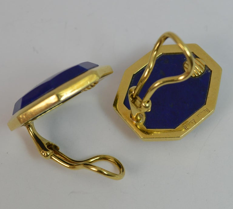 Tiffany & Co. 18 Carat Gold and Lapis Lazuli Large Vintage Clip-On Earrings For Sale 1