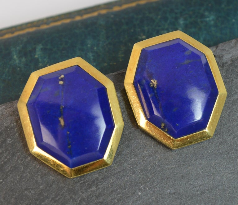 Tiffany & Co. 18 Carat Gold and Lapis Lazuli Large Vintage Clip-On Earrings For Sale 4