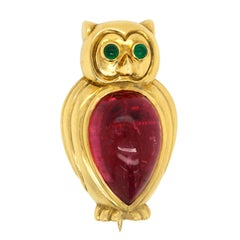 Tiffany & Co. 18 Karat Gold Cabochon Tourmaline Emerald Owl Brooche Pin