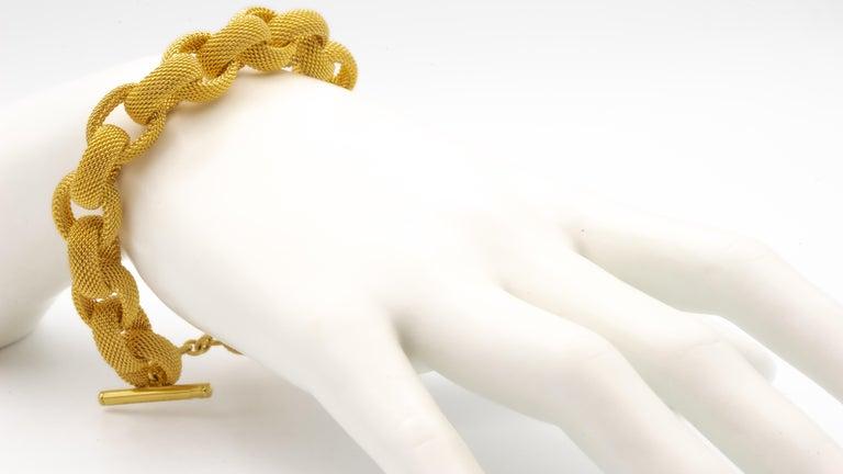 Tiffany & Co. 18 Karat Gold Mesh Link Toggle Bracelet For Sale 5