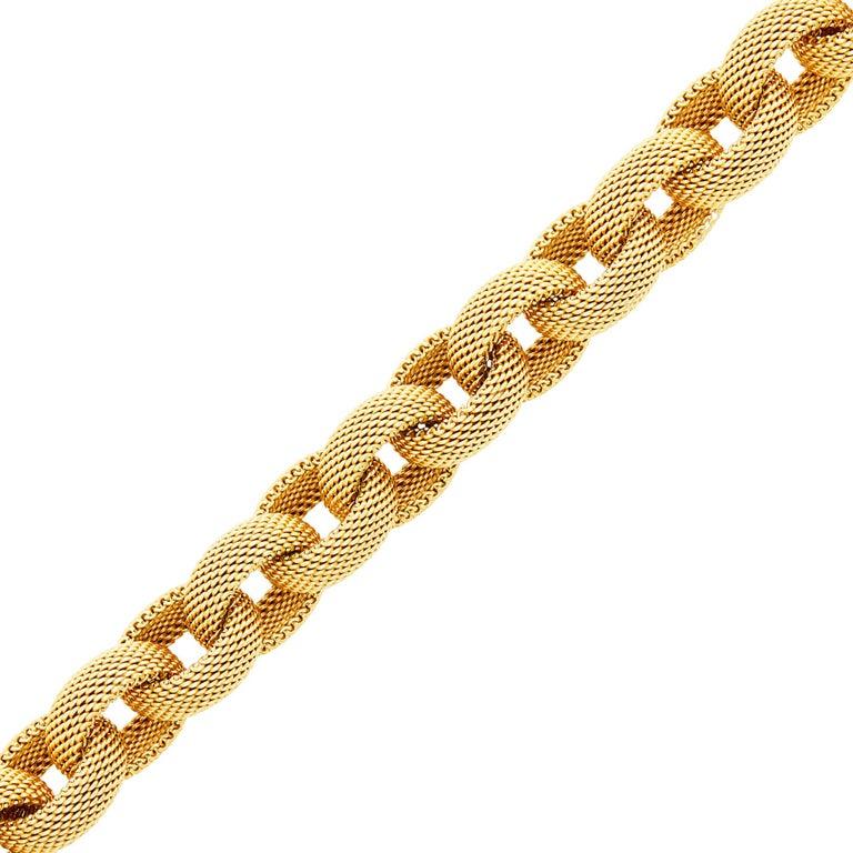 Tiffany & Co. 18 Karat Gold Mesh Link Toggle Bracelet For Sale 7
