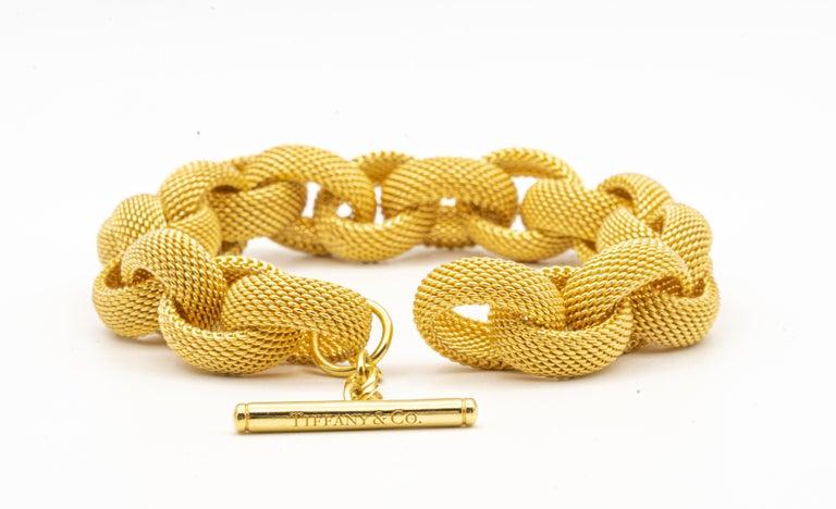 Contemporary Tiffany & Co. 18 Karat Gold Mesh Link Toggle Bracelet For Sale