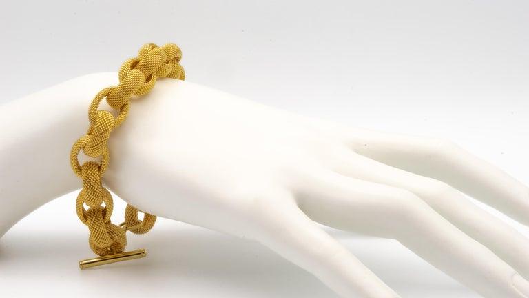 Tiffany & Co. 18 Karat Gold Mesh Link Toggle Bracelet For Sale 2
