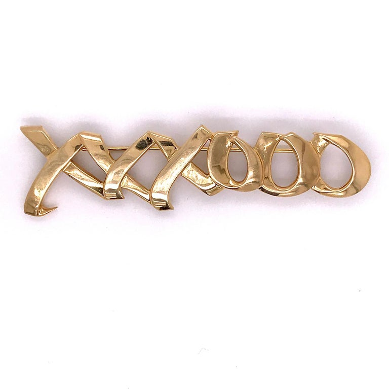 Tiffany & Co. 18 Karat Gold Paloma Picasso Graffiti Love & Kisses Brooch or Pin For Sale 3