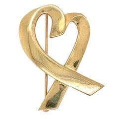 Tiffany & Co. 18 Karat Gold Paloma Picasso Loving Heart Brooch or Pin