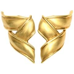 Tiffany & Co. 18 Karat Gold Pierced Lever Back Earrings Vintage