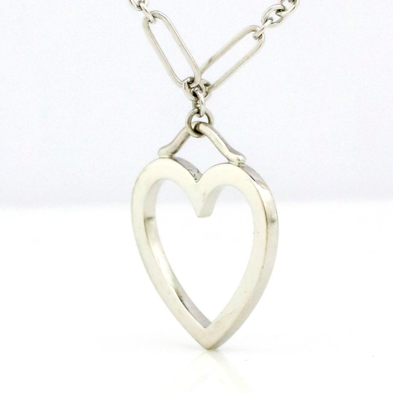 Modern Tiffany & Co. 18 Karat White Gold 3 Hearts Pendant Necklace For Sale
