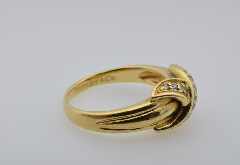 Women's or Men's Tiffany & Co Yellow Gold 18 Karat and Diamond Ring 1990 For Sale