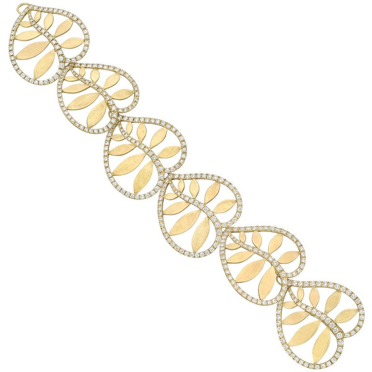 "Tiffany & Co. 18 Karat Yellow Gold and Diamond ""Villa Paloma"" Bracelet For Sale"
