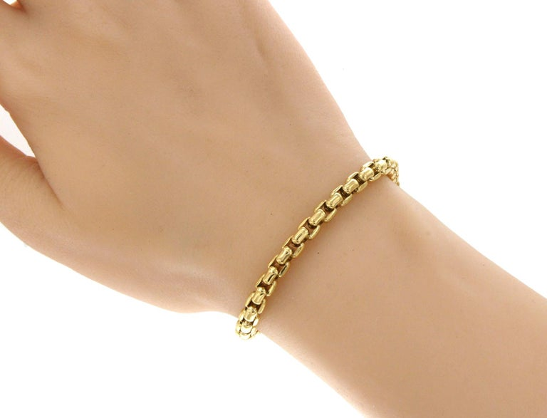 Tiffany & Co. 18 Karat Yellow Gold Box Link Bracelet In Excellent Condition For Sale In Los Angeles, CA