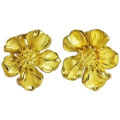 Tiffany & Co. 18 Karat Yellow Gold Dogwood Flower Earrings