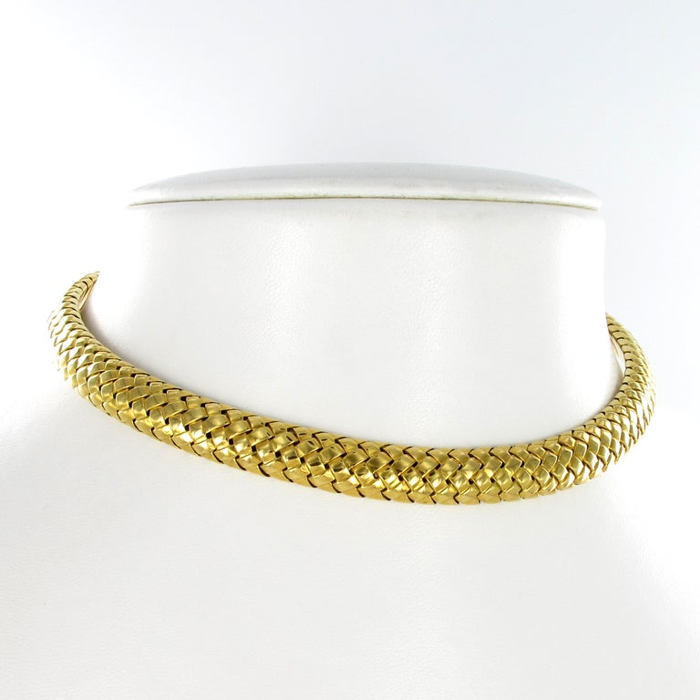 Modern Tiffany & Co. 18 Karat Yellow Gold Flexible Collar Necklace For Sale