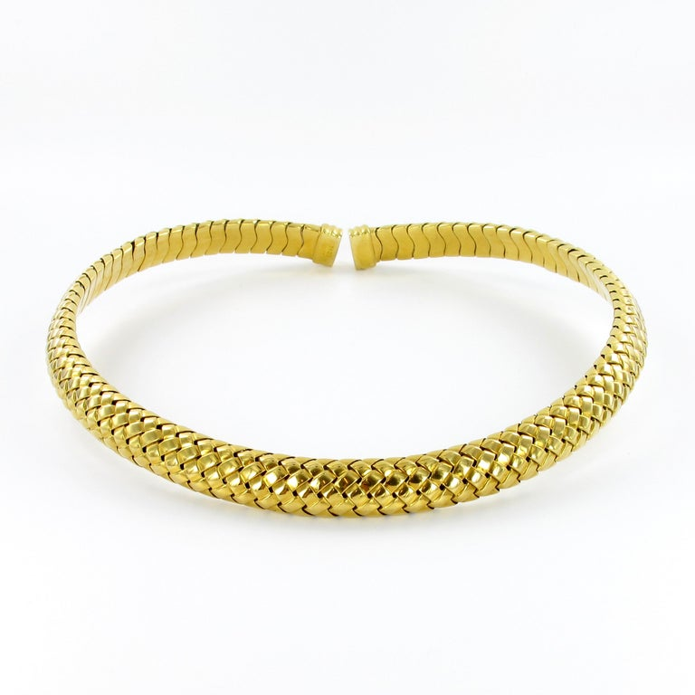 Women's or Men's Tiffany & Co. 18 Karat Yellow Gold Flexible Collar Necklace For Sale