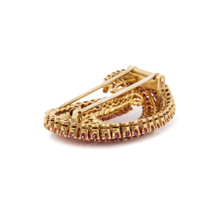 Women's Tiffany & Co. 18 Karat Yellow Gold Round Cut Ruby 1940s Vintage Brooch For Sale