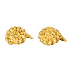 Tiffany & Co. 18 Karat Yellow Gold Schlumberger Anemone Cufflinks