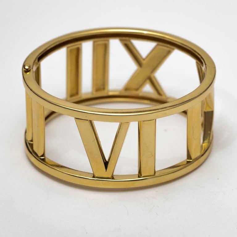 Tiffany & Co 18K Gold Atlas Large Hinged Cuff Bracelet.The bracelet weighs 81.5g. 6 1/4