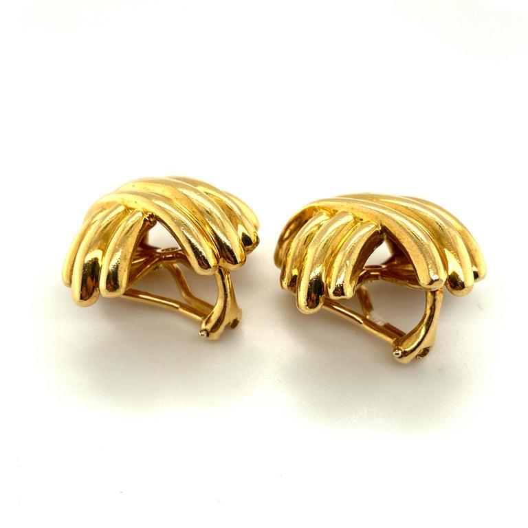 Tiffany & Co. 18 Karat Gold Signature