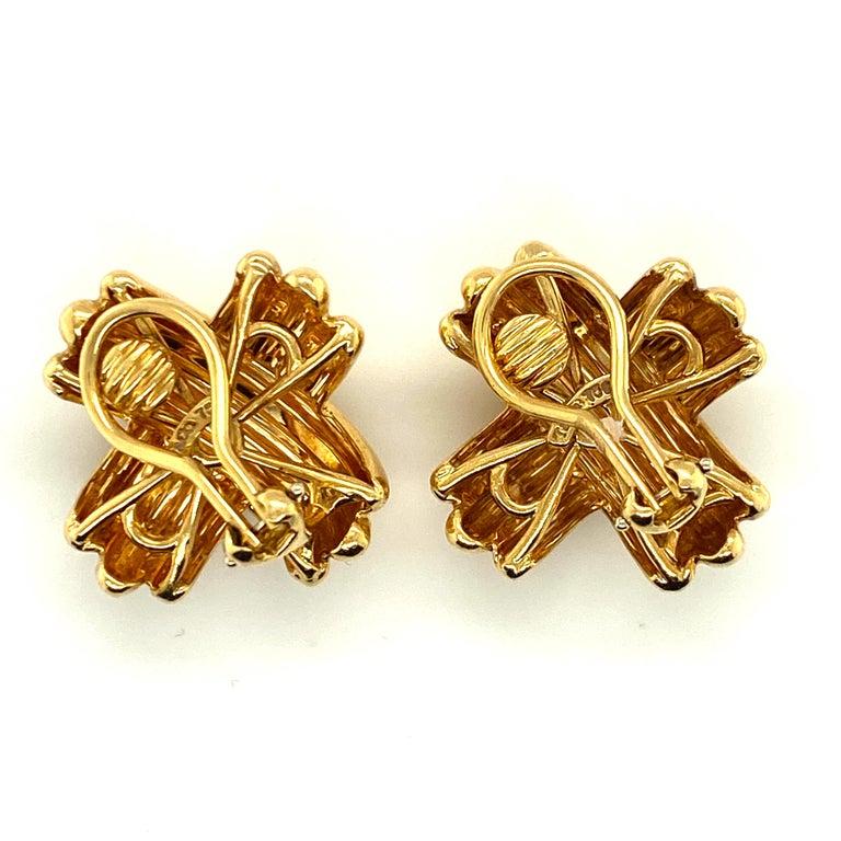 Women's Tiffany & Co. 18 Karat Gold Signature