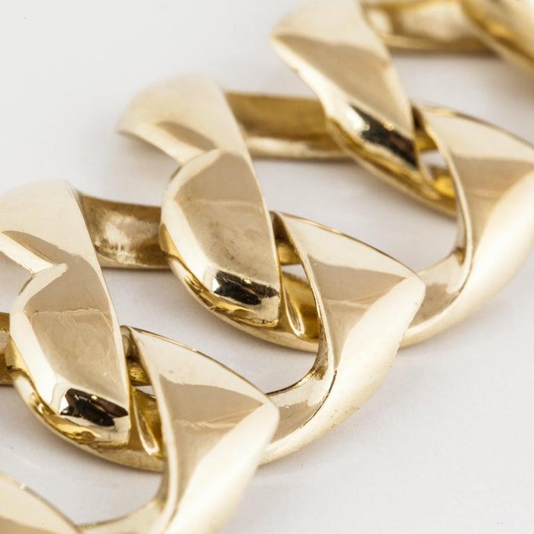 Women's or Men's Tiffany & Co. 18 Karat Heart Link Bracelet For Sale