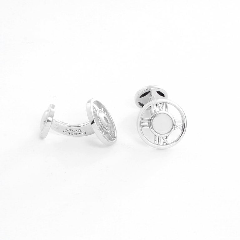 Tiffany & Co. 18 Karat White Gold Atlas Cufflinks In Excellent Condition For Sale In Dallas, TX