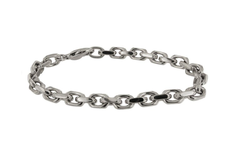 Tiffany & Co. 18 Karat White Gold Spartacus Link Bracelet In Excellent Condition For Sale In New York, NY