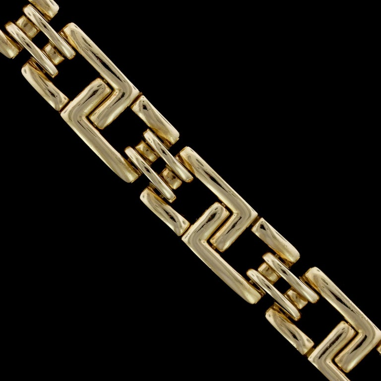 Tiffany & Co. 18 Karat Yellow Gold Bracelet In Excellent Condition For Sale In Nashua, NH