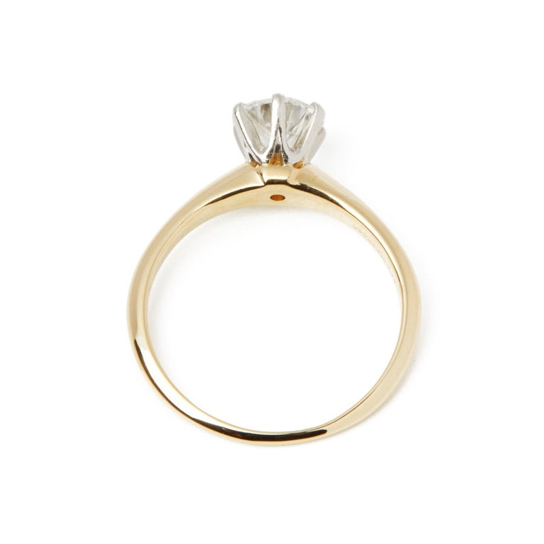 Tiffany & Co. 18 Karat Yellow Gold Solitaire Diamond Ring In Good Condition For Sale In Bishop's Stortford, Hertfordshire