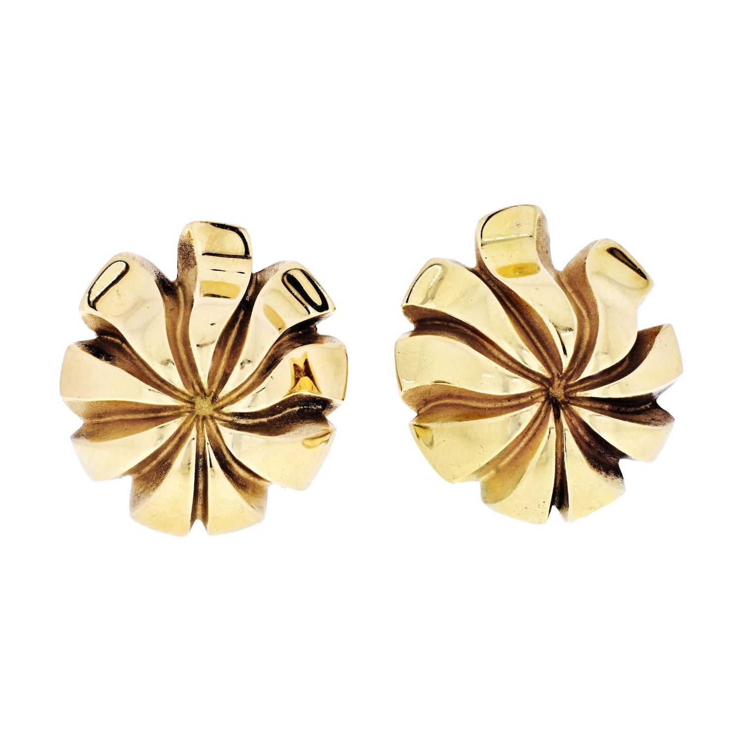 Tiffany & Co. 18k Yellow Gold Floral style Vintage Earrings